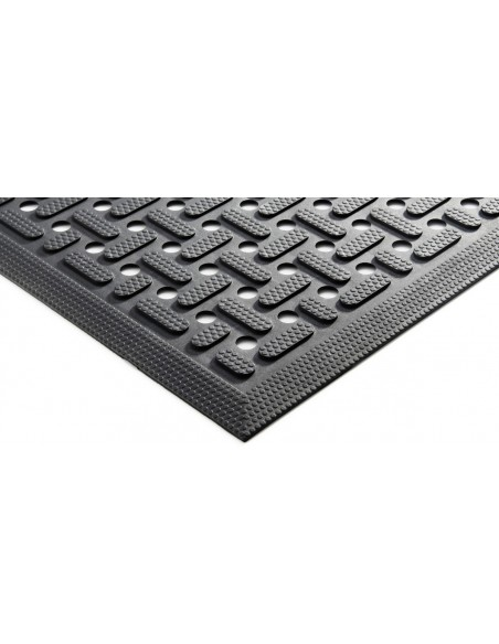 Self-Draining Nitrile Rubber Mat, 8mm thick -